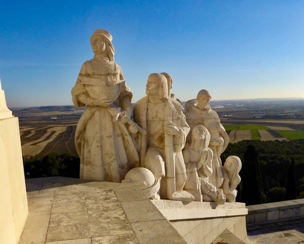 esculturas de la iglesia peregrina